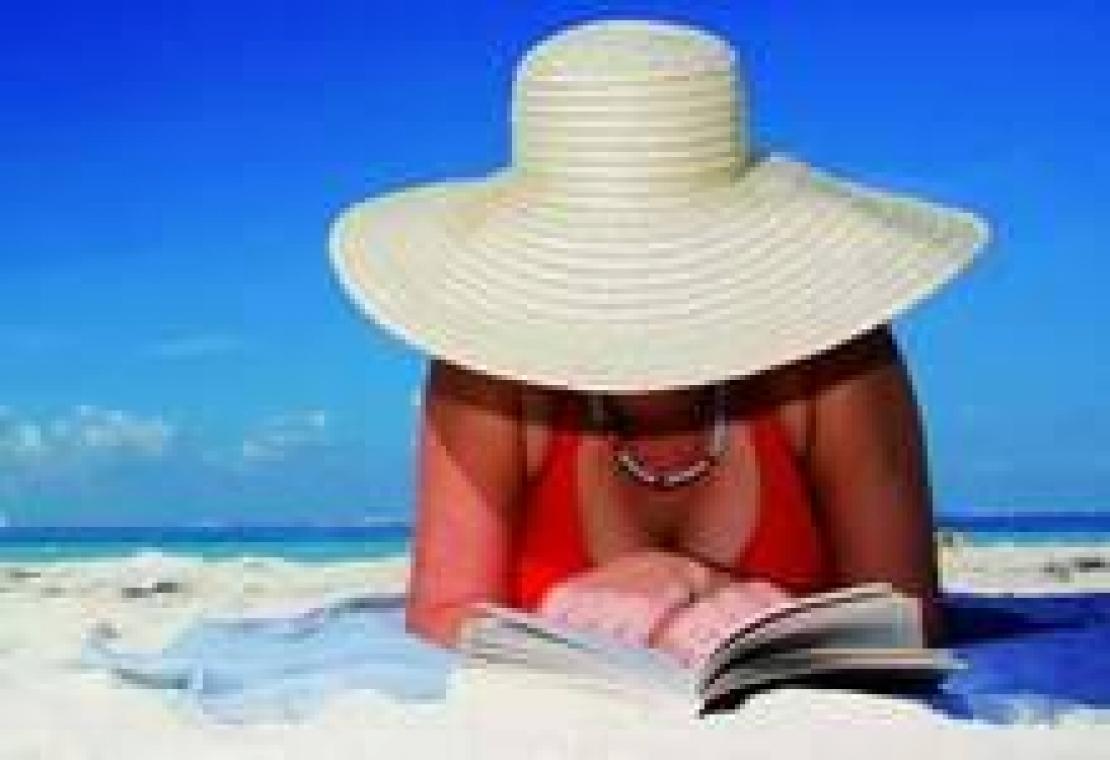 Libri per l'estate. Romanzi e racconti sotto l'ombrellone