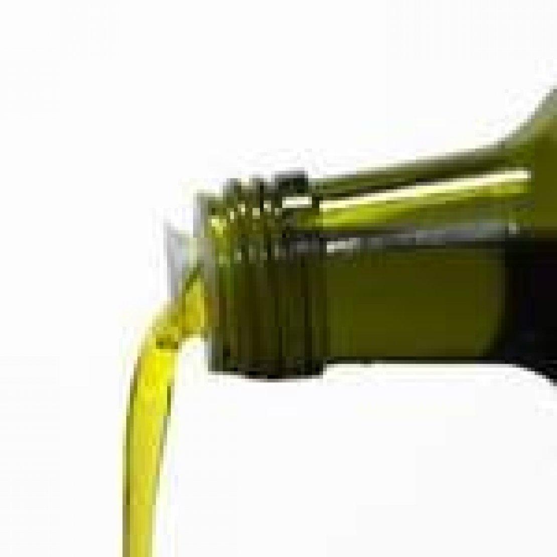 Piccoli olivicoltori crescono ma per imbottigliare quanta burocrazia!