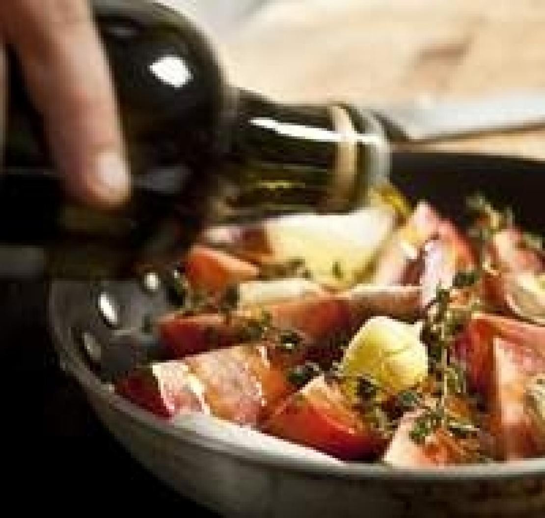 Dall'olio d'oliva al piatto. I fenoli dell'extra vergine si trasferiscono in cottura