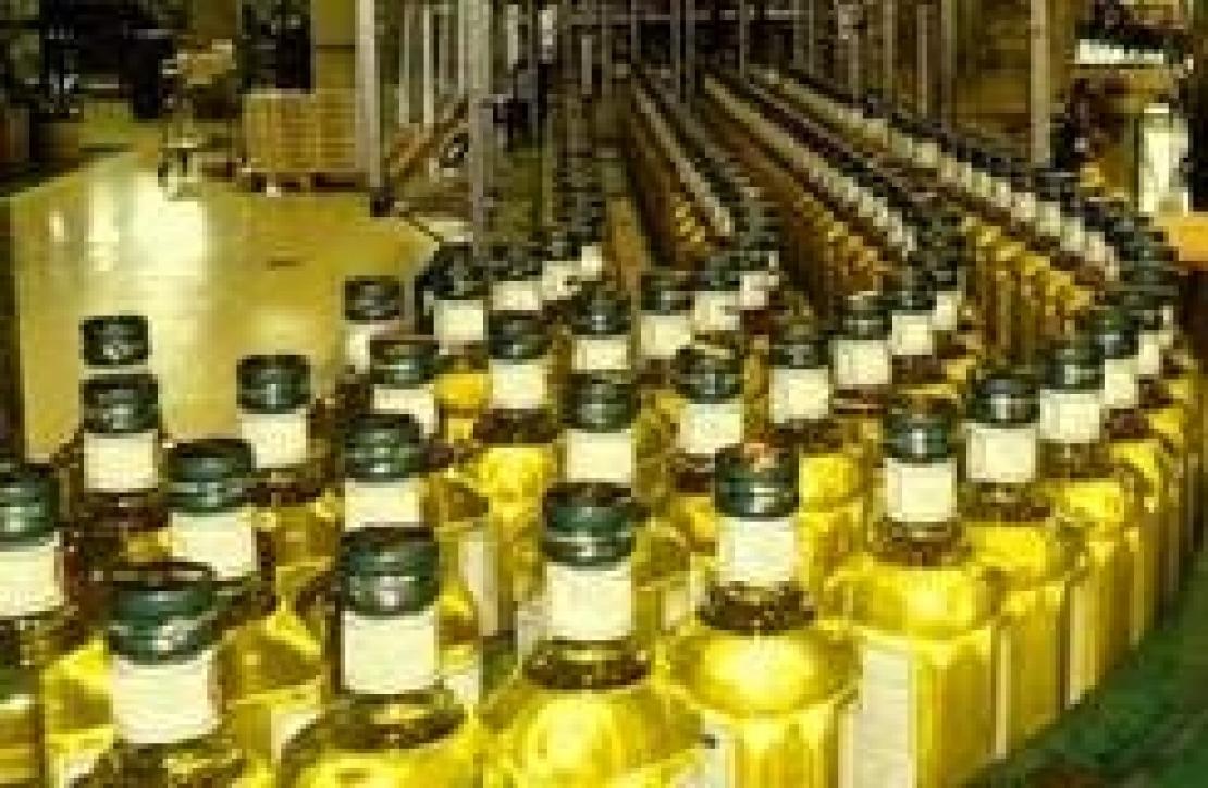 Oli extra vergini d'oliva border line a scaffale. Tutta colpa della Grande Distribuzione?