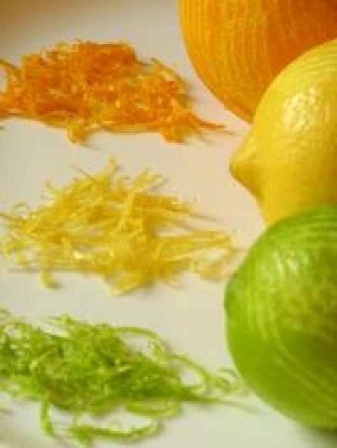 Quanto è cool dire zest e non scorza d'agrumi. Vediamo come utilizzarlo in cosmesi