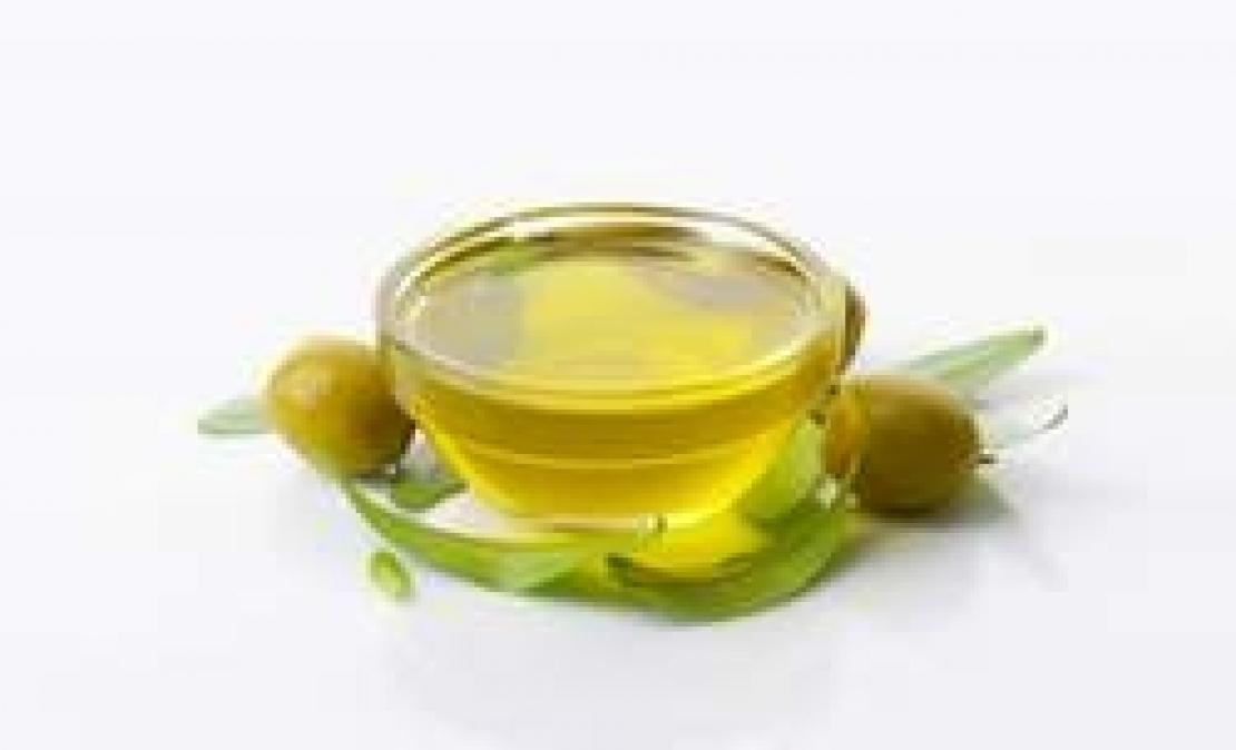 Se l'olio d'oliva perdesse il primato della salubrità?