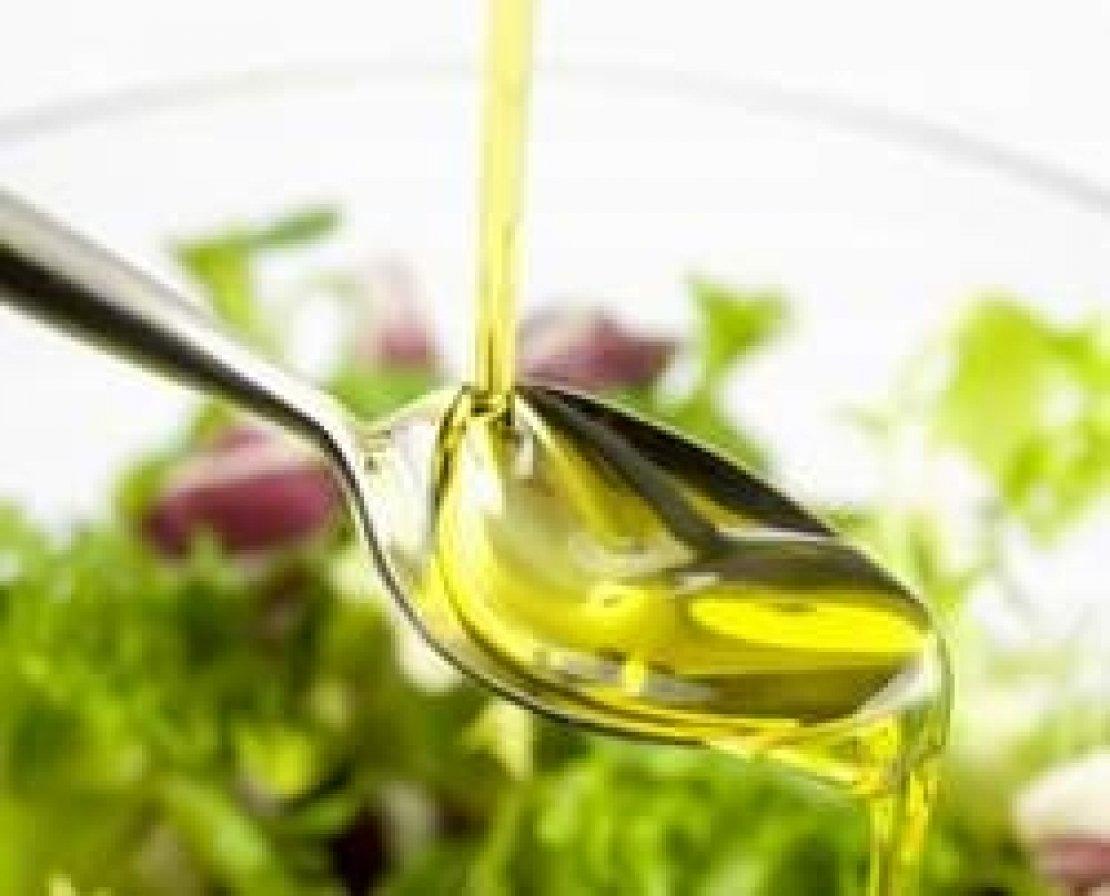 L'olio d'oliva come veicolo di salute, dai fenoli al coenzima Q10. Prove tecniche di superfood