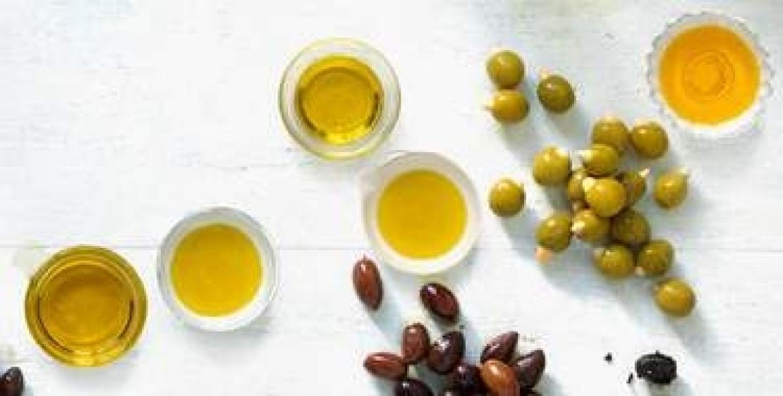 L'olio extra vergine d'oliva entra nel salotto buono, da protagonista