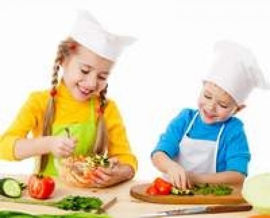 Educare i più piccoli a un rapporto consapevole e salutare col cibo