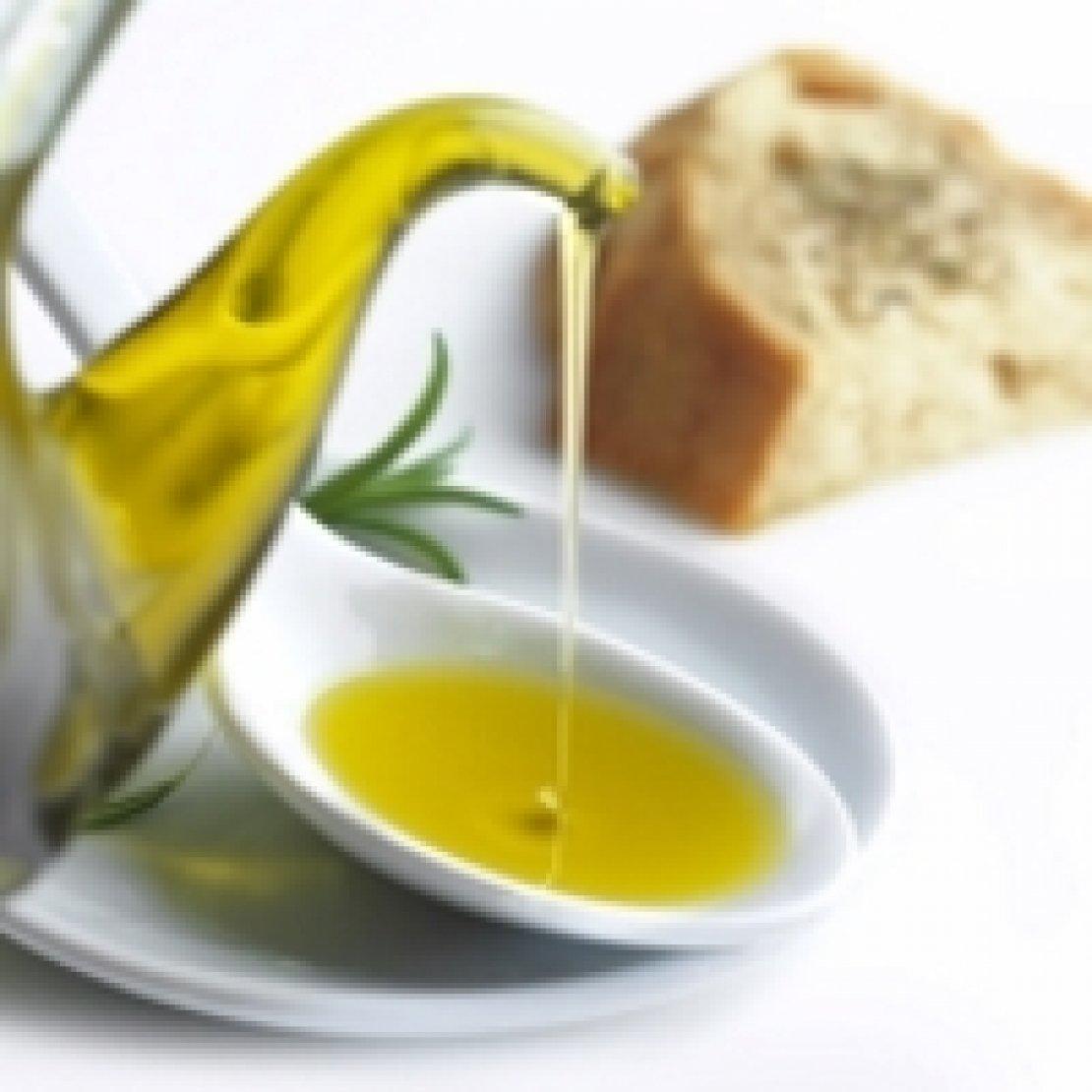 Tutti i grassi nocivi per il cancro alla prostata, tranne l'olio d'oliva