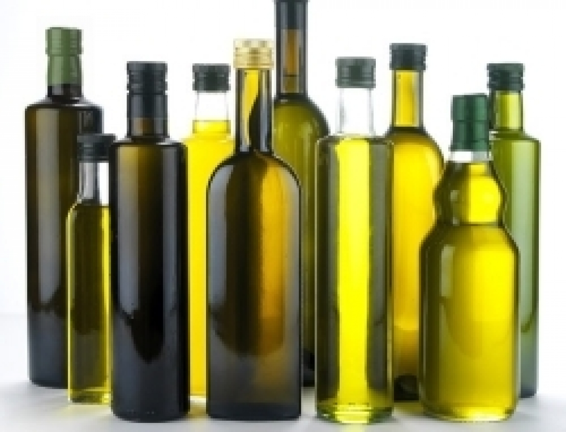 Nuove regole per le indicazioni facoltative sulle etichette dell'olio extra vergine d'oliva