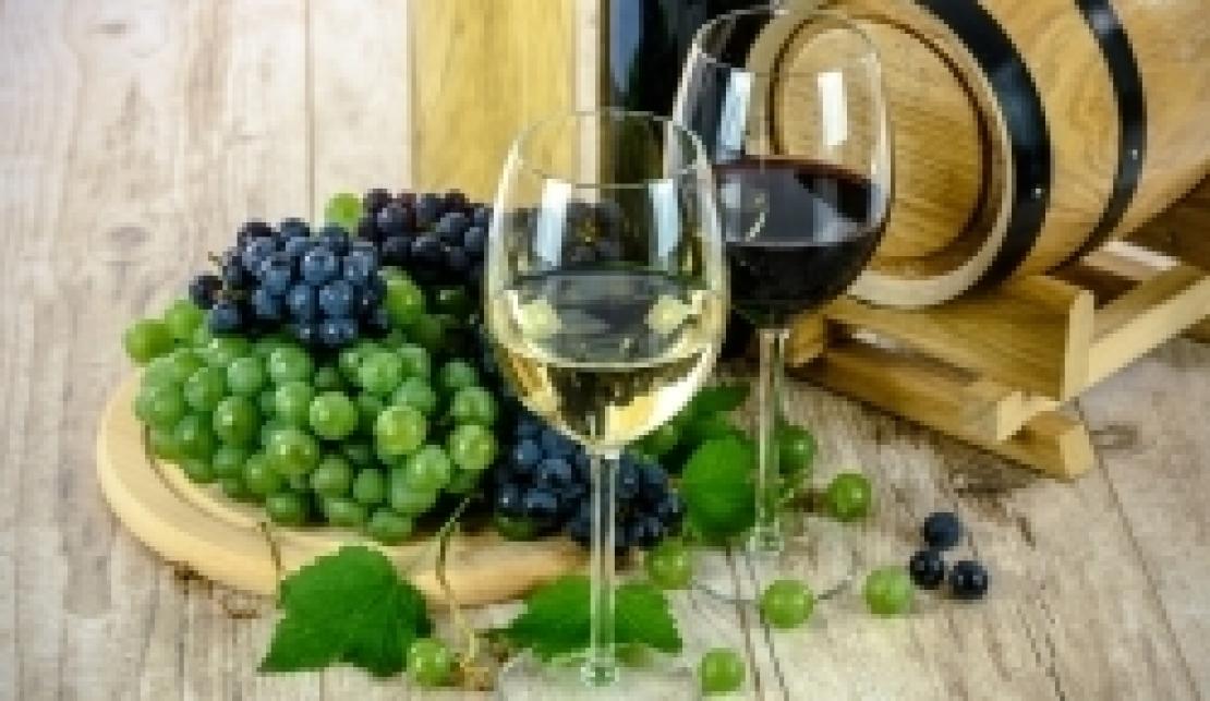 Il vino stoccato nelle cantine italiane vale una vendemmia