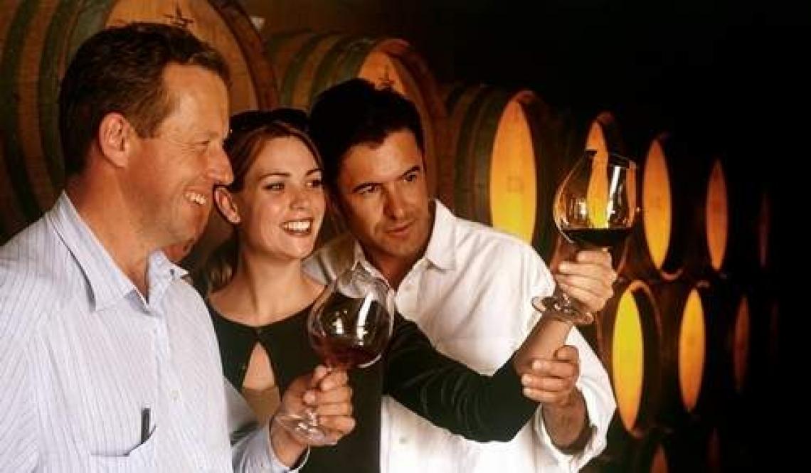 Appassionati e acculturati, il vino Made in Italy piace a chi spende di più
