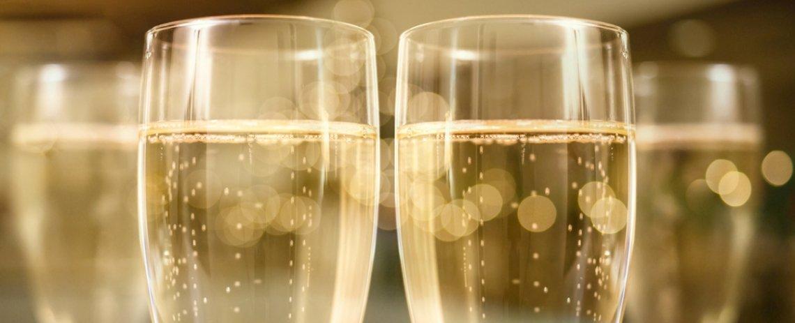 Il decalogo per gustarsi al meglio un flute di Champagne