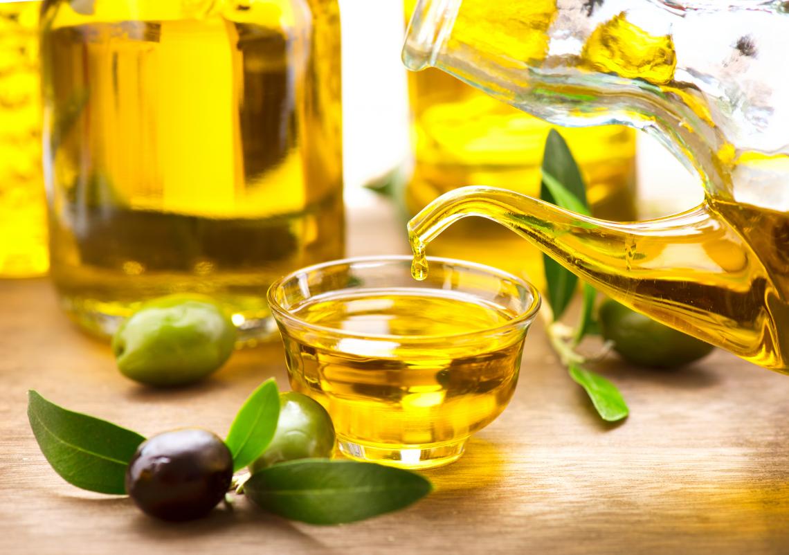 Il costante flusso di olio d'oliva dalla Tunisia all'Europa