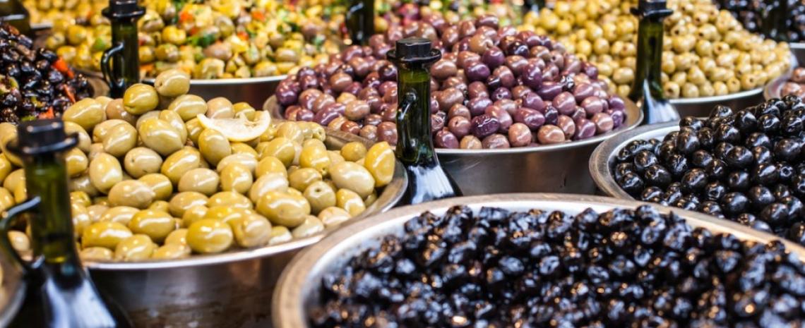 L'estratto di foglie di olivo può migliorare le proprietà nutrizionali delle olive da tavola