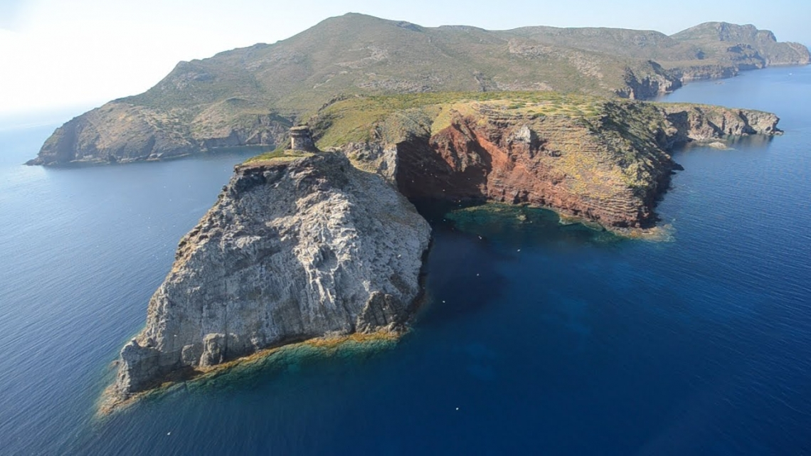 Capraia diventa isola modello per la sostenibilità e l'economia circolare