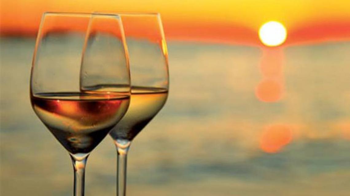 Le Doc vitivinicole italiane si affacciano spesso sul mare