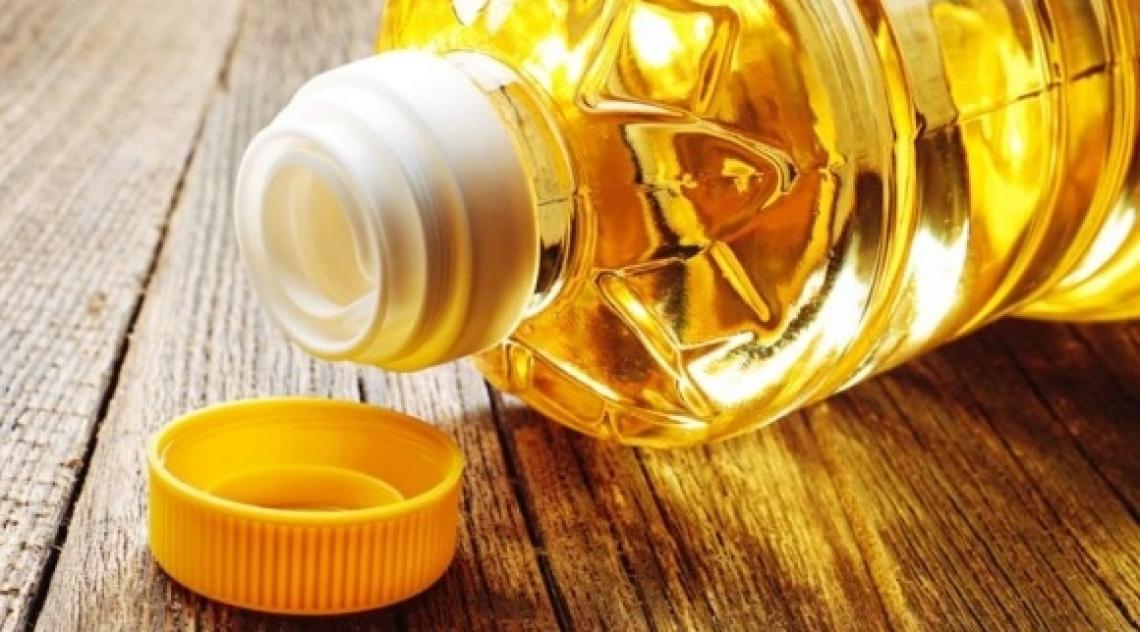 Gli spagnoli consumano meno di 3 litri di olio extra vergine di oliva pro capite all'anno