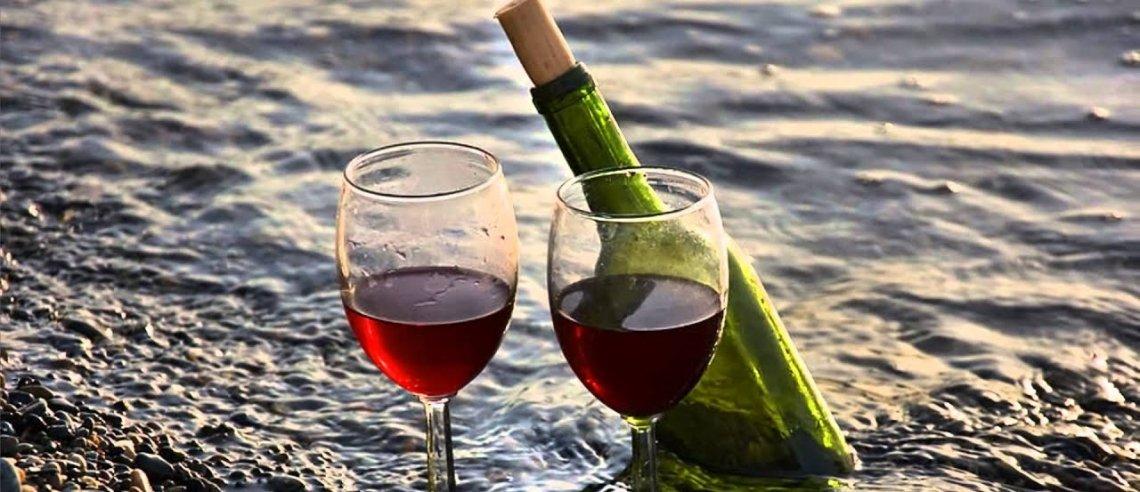 All'origine della parola vino, facendoci guidare da miti e leggende greche