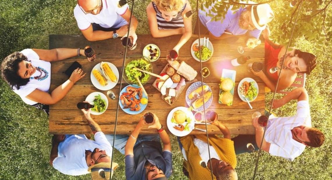 In estate il cibo ha i suoi hastag
