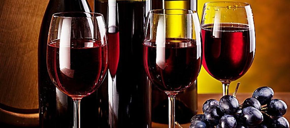 Un po' di vino per curare ansia e depressione
