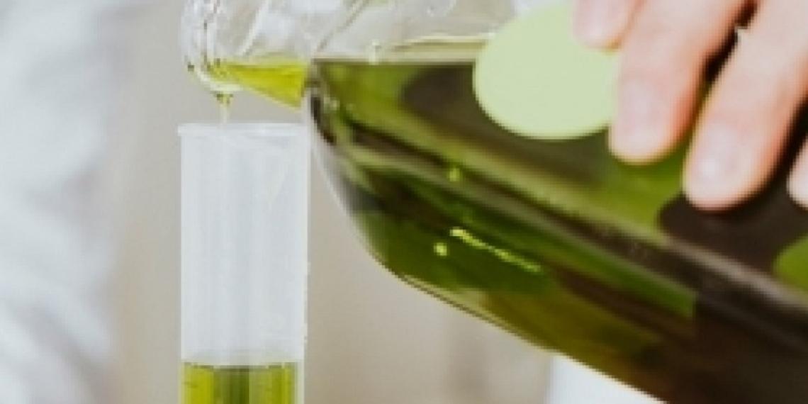 Qualità e frode nell'olio d'oliva: un filo sottile lega due parole dal significato contrapposto