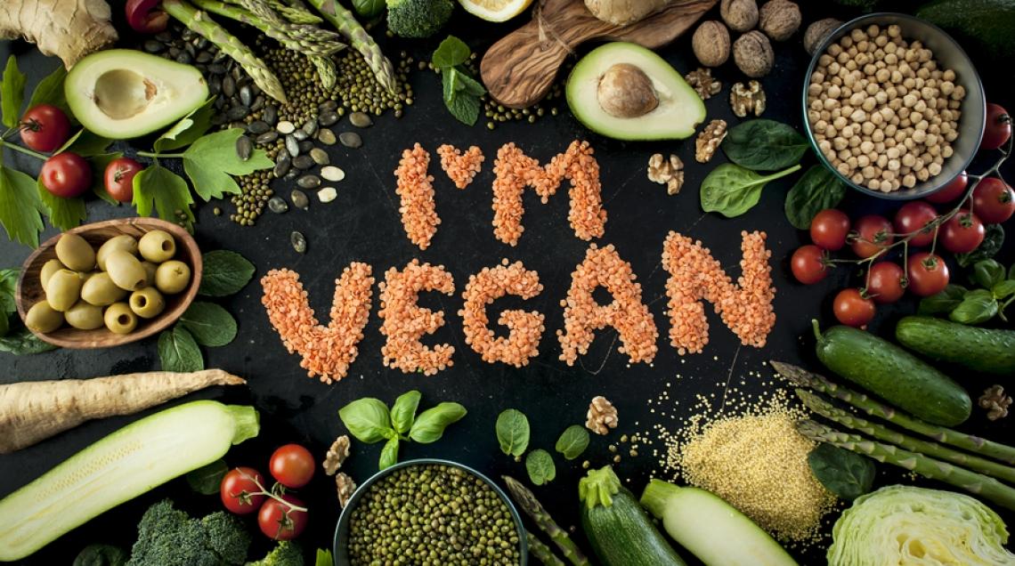 In Italia cresce l'interesse per il vegano, tendenza guidata dalle donne