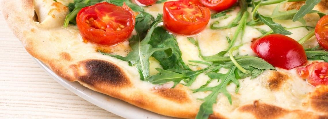 Olio extra vergine di oliva e pizza, questo matrimonio s'ha da fare