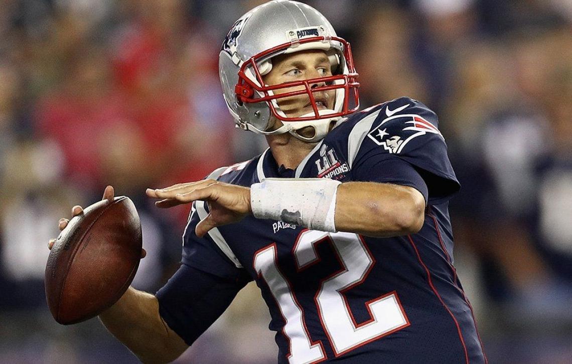 Il quarterback californiano Tom Brady testimonial delle virtù dell'olio extra vergine d'oliva