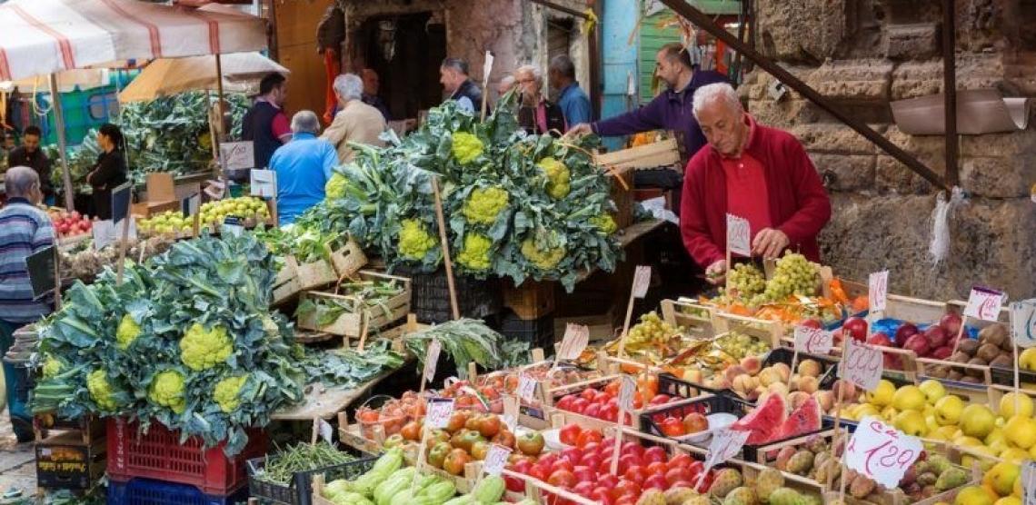 Vengano mantenuti i mercati agricoli per salvaguadare le piccole aziende agricole