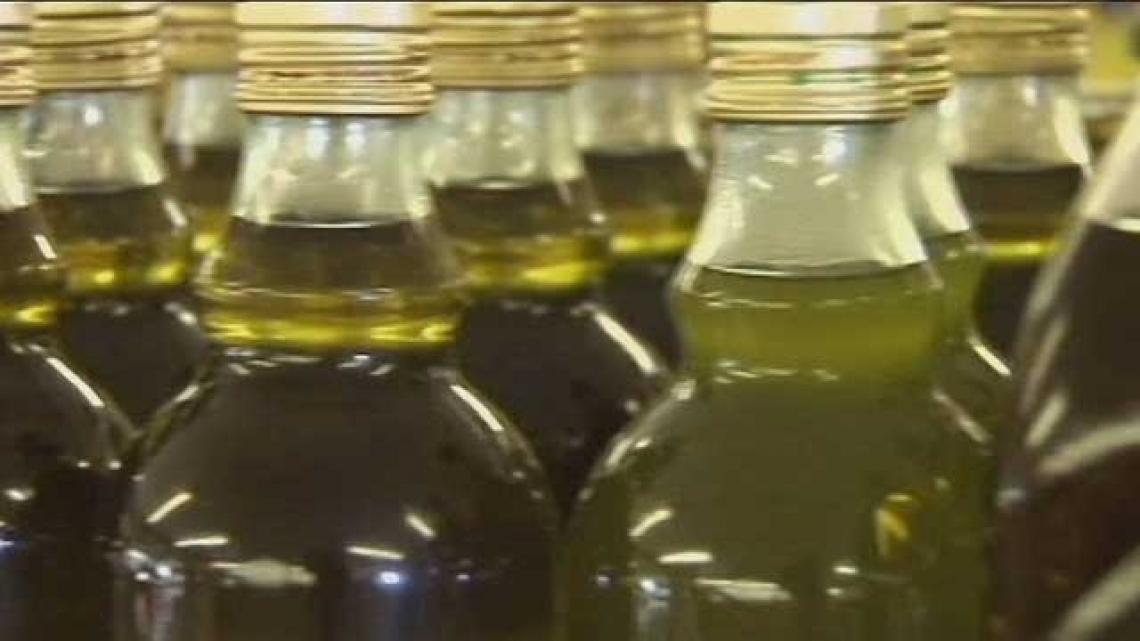 La quotazione dell'olio extra vergine d'oliva spagnolo di nuovo in discesa