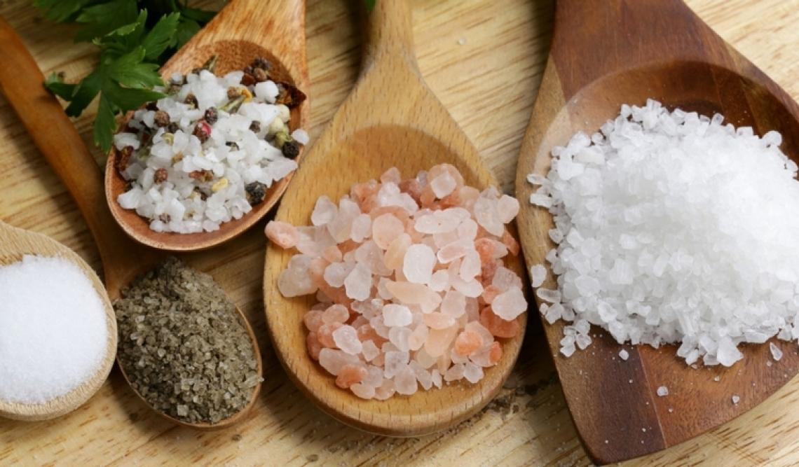 Un eccesso di sale nei cibi riduce le difese immunitarie