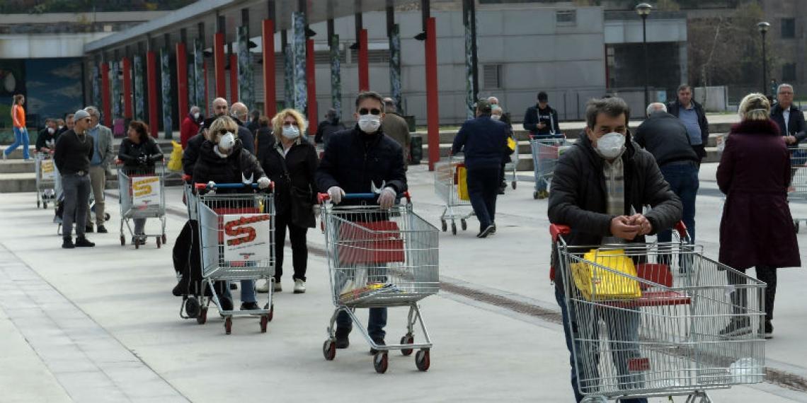 Si è fermato l'accaparramento di cibo nei supermercati da parte degli italiani