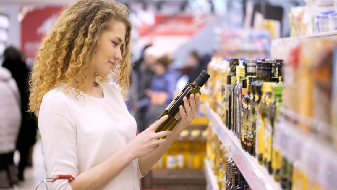 Cosa spinge il consumatore italiano a comprare una bottiglia di olio di eccellenza?