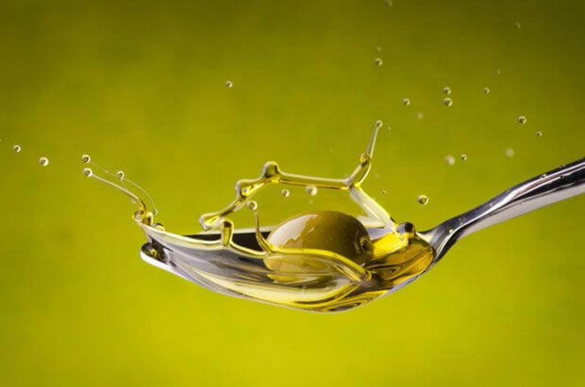 Oltre i polifenoli c'è di più: lo squalene e altri composti dimenticati dell'olio extra vergine di oliva