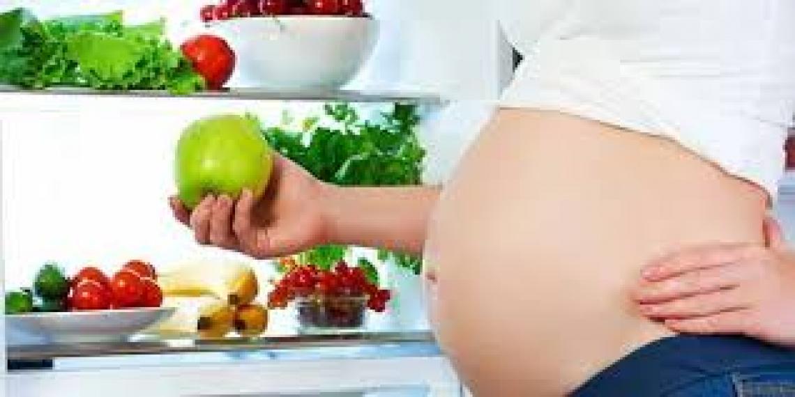 La dieta mediterranea protegge la madre ma anche il nascituro