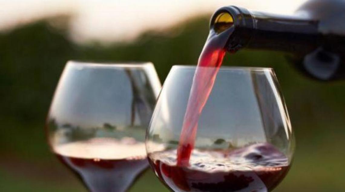 Diminuiscono le giacenze di vino in Italia rispetto al 2019