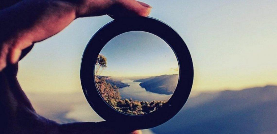 Cambiando il luogo di osservazione si modifica il punto di vista