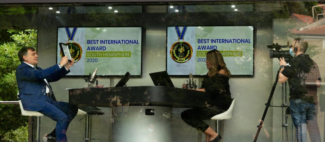 Tutti in piazza: EVO IOOC  2020 premia i migliori extravergine al mondo