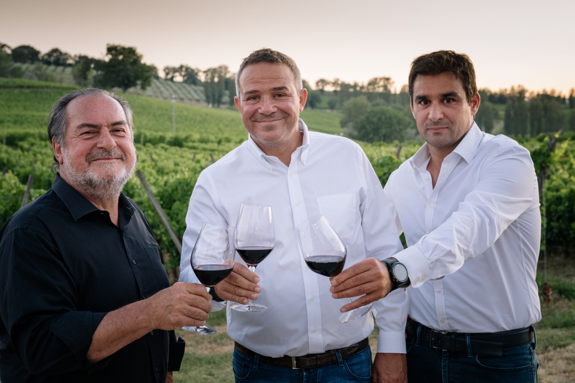 """Michel Rolland si racconta nel libro """"Il guru del vino"""""""