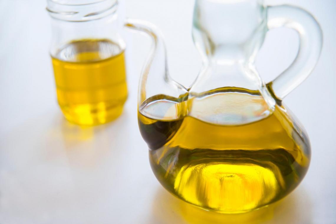 Agea regala 8 milioni di euro agli imbottigliatori d'olio d'oliva