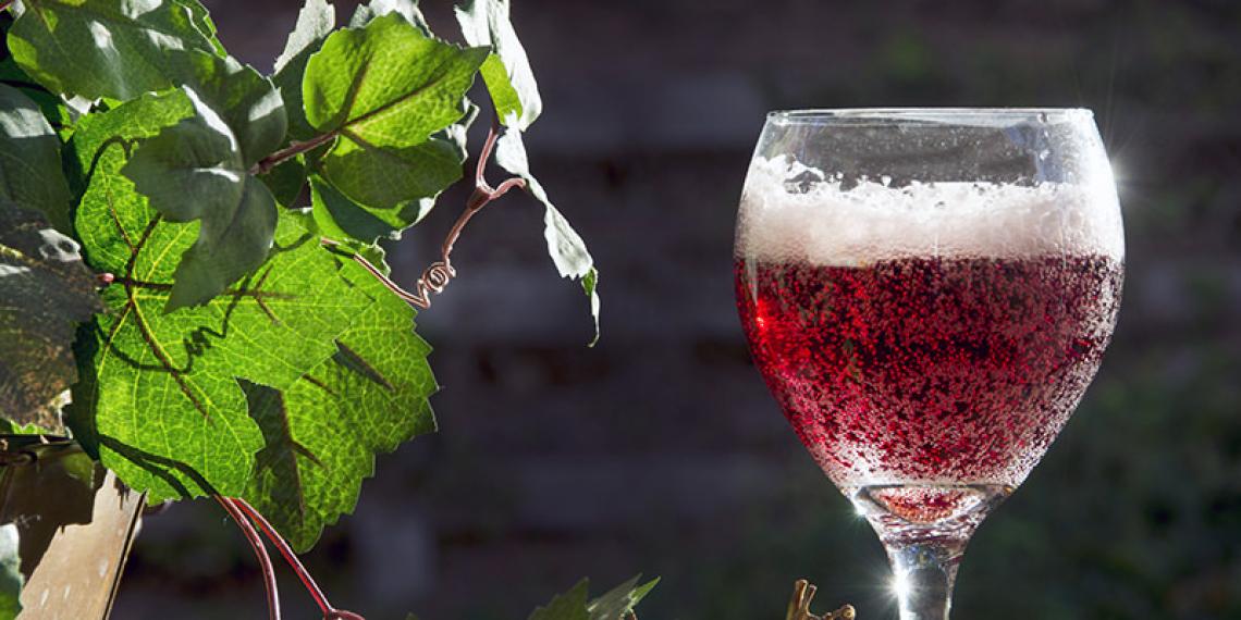 Tecniche innovative per produrre grandi vini rossi spumantizzati