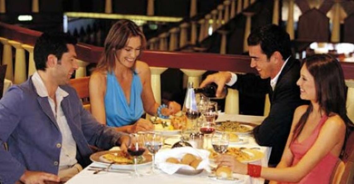 La paura Covid frena gli italiani: ristoranti deserti