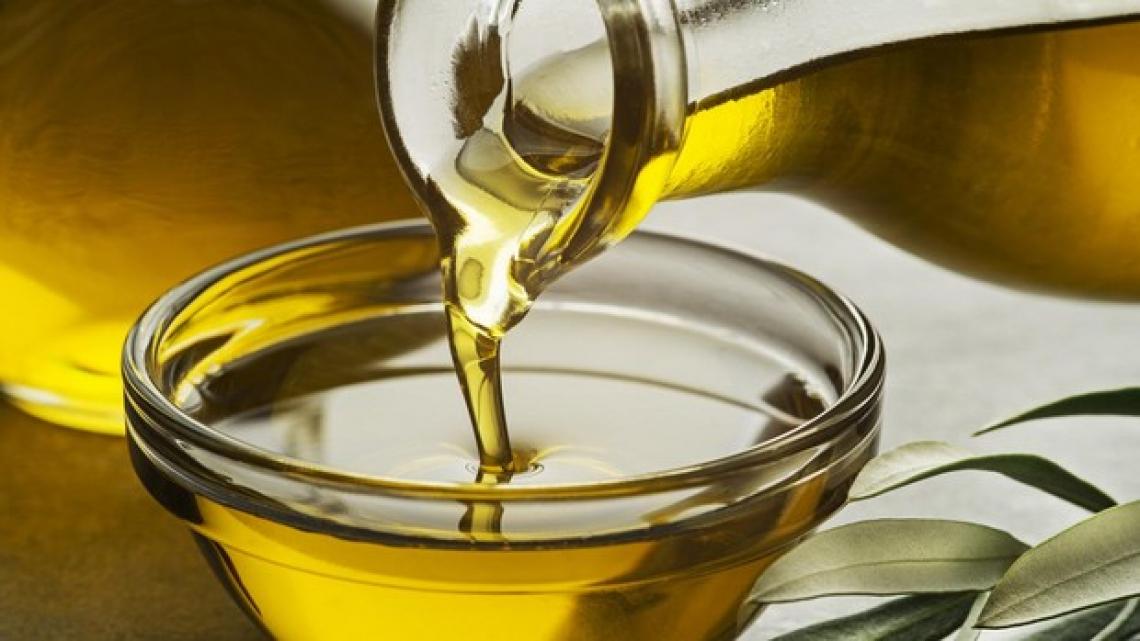 Flessione della produzione quando aumentano i consumi di olio d'oliva degli italiani