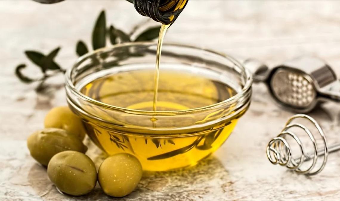 L'olio extra vergine d'oliva non è solo un condimento ma anche un ingrediente