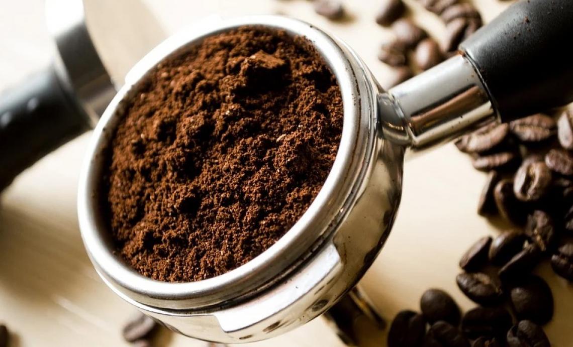 Gli italiani sentono la mancanza del rito del caffè al bar