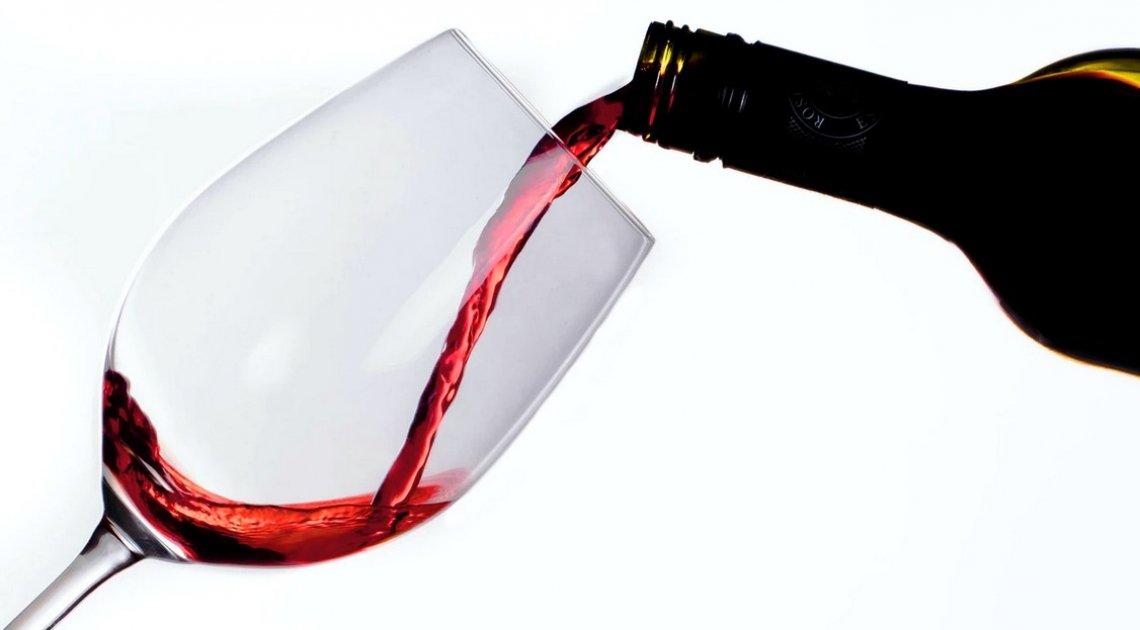 L'effetto di un piccolo aumento della pressione durante la fermentazione sull'aroma del vino