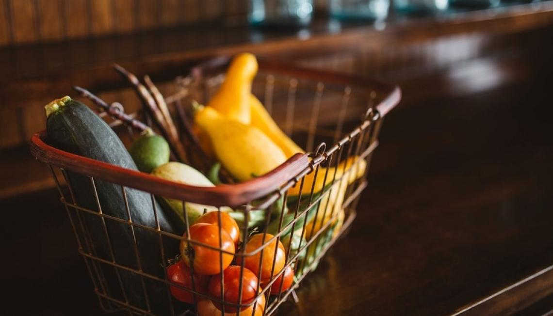Il Covid fa riscoprire agli italiani il negozio alimentare di prossimità