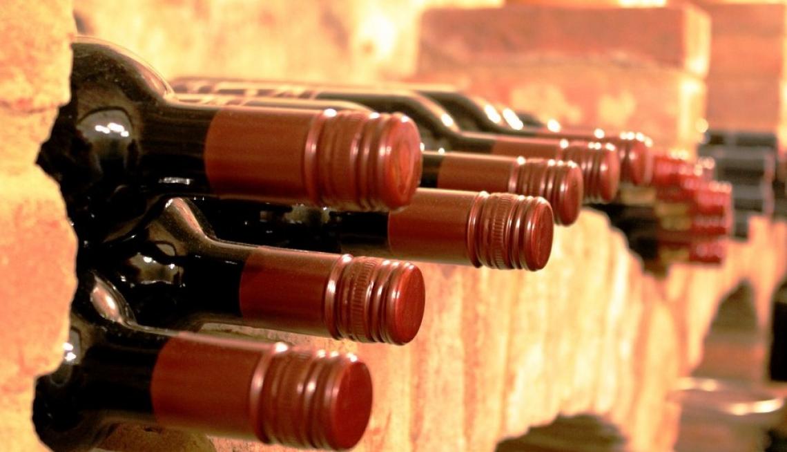 Restano quasi 50 milioni di ettolitri di vino nelle cantine italiane