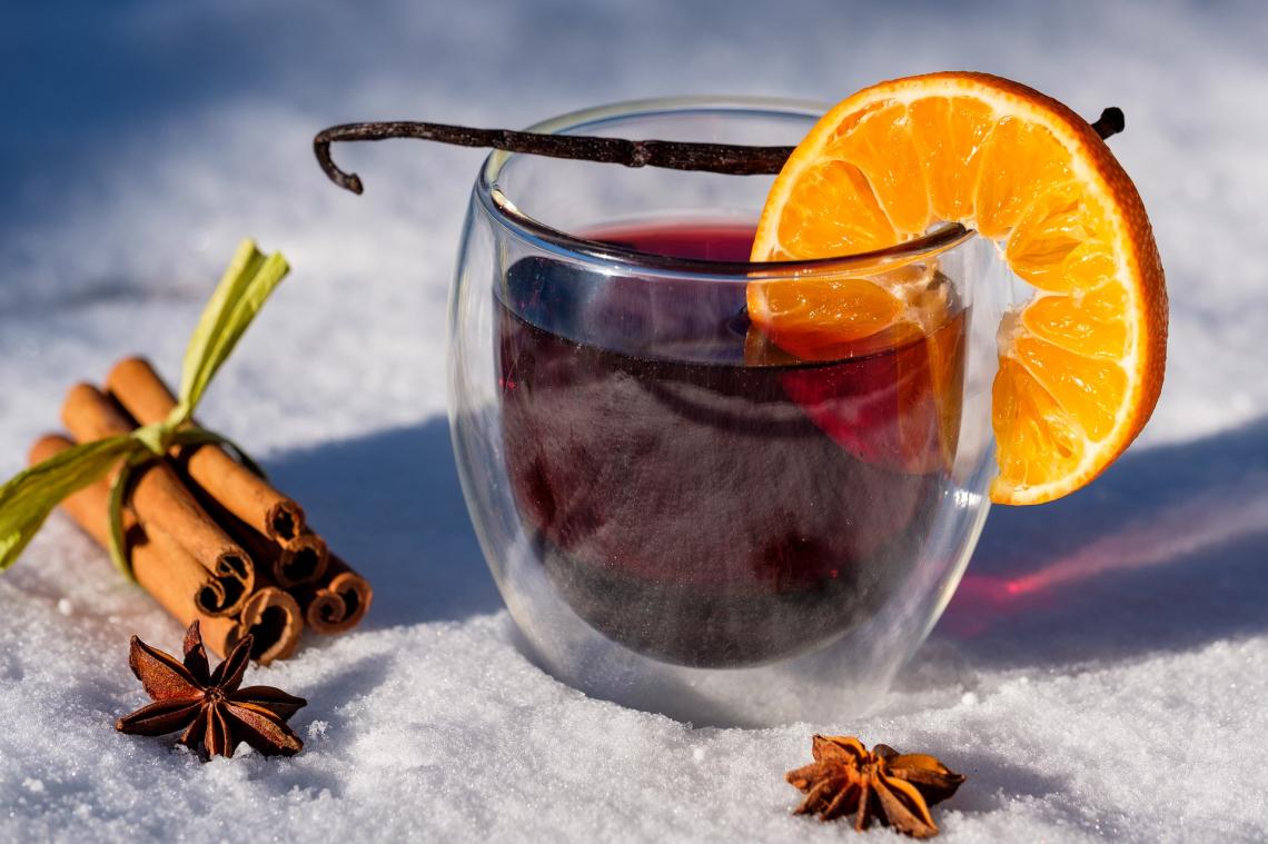 Preparare un liquore alternativo per le Feste natalizie