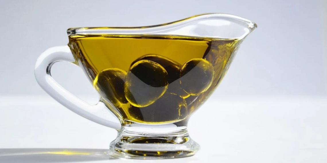 Si conferma il trend dei prezzi dell'olio d'oliva: lo spagnolo più caro del greco