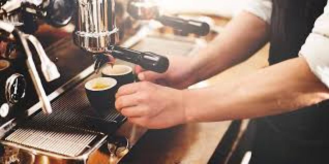 Come cambia la professione di barista in tempi di Covid