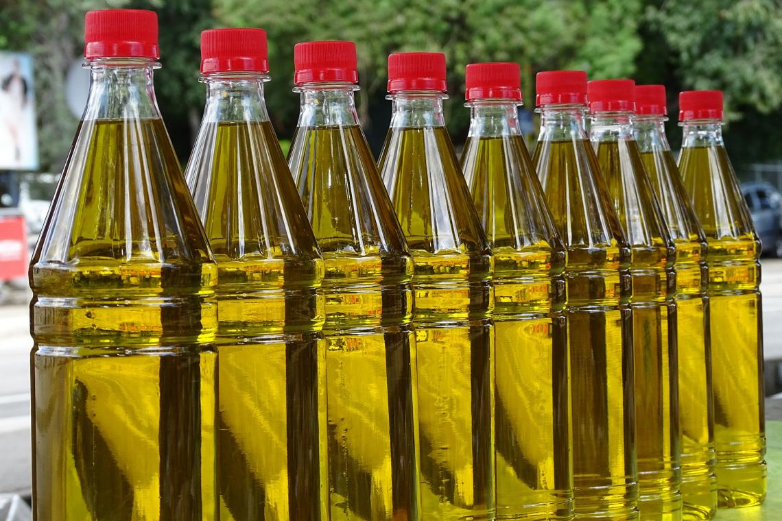 I cambiamenti dei contenuti in acidi grassi durante la conservazione dell'olio extra vergine d'oliva